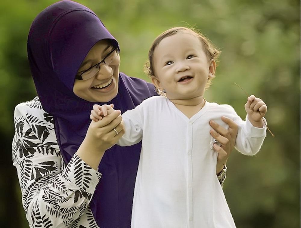 Кто занимается воспитанием ребенка в Исламе